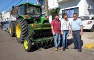 SECRETARIA DA AGRICULTURA RECEBE PLANTADEIRA AGRÍCOLA