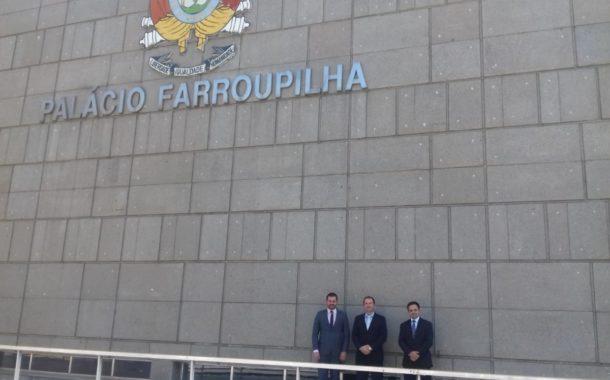 EXECUTIVO PARTICIPA DE SESSÃO SOLENE DE POSSE DA 55ª LEGISLATURA DA ASSEMBLEIA GAÚCHA