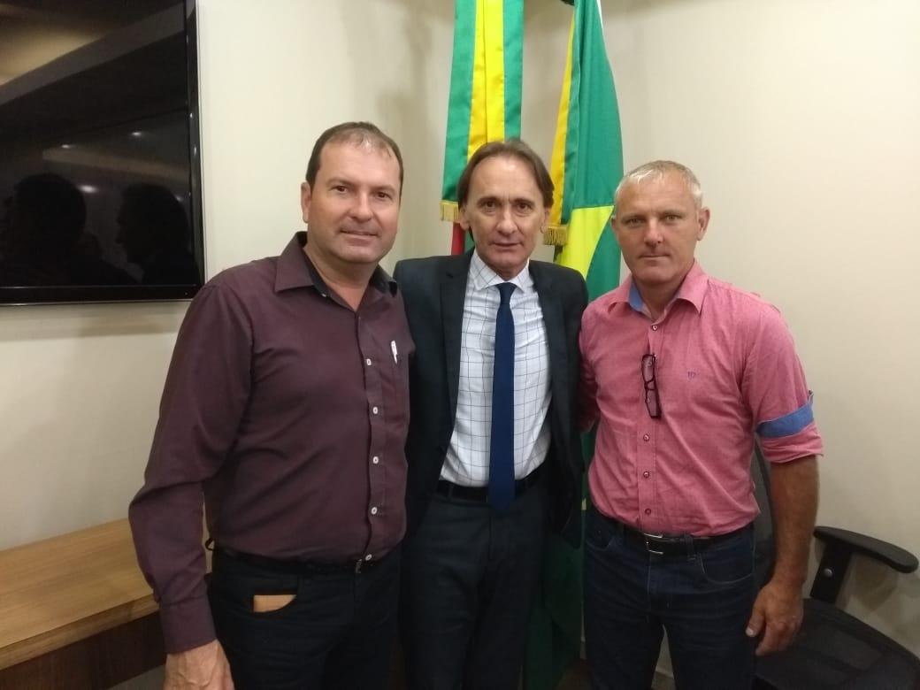PREFEITO PAULO FLORES REALIZA REIVINDICAÇÕES PARA MELHORIA DAS ESTRADAS DA REGIÃO